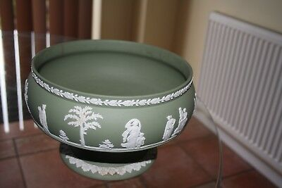 Vintage Wedgwood green jasper large footed bowl excellent condition