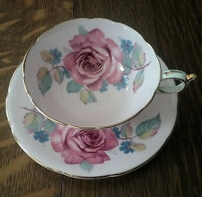 Paragon HM The Queen & HM Queen Mary  Bone China Cup & Saucer Pattern S6114/6