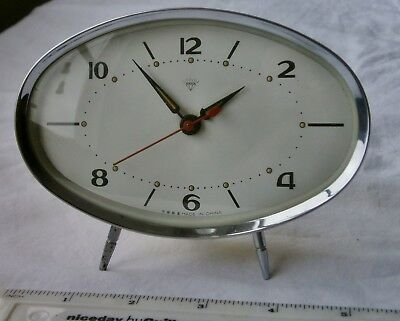 """Vintage Small Mechanical Mantle Clock """"Diamond"""" brand, Made In China Circa 1980'"""