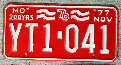 White on Red 1976-1977 Missouri Bicentennial License Plate