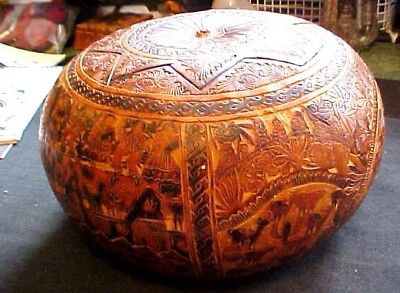 Fantastic Vintage Hand Carved, Hand Colored Gourd From Panama Circa 1940 - 50