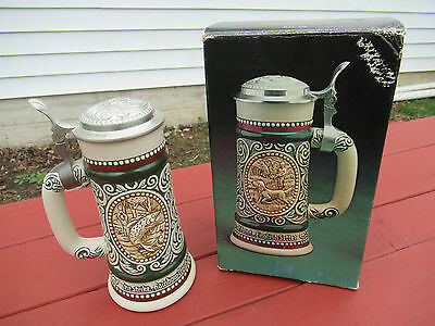 1978 Outdoorsman Avon Lidded Beer Stein in box English Setter / Rainbow Trout