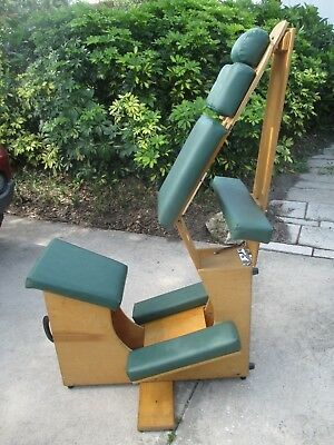 LIVING EARTH & CRAFTS PORTABLE MASSAGE CHAIR Fully Adjustable Ready Use NR/BIN