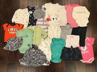 newborn girls 0-3 months lot of clothes - babyGap, Old Navy, Carters, and more