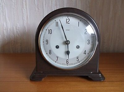 Smiths Enfield Bakelite 8 Day Mantel Clock - With Key - Spares Or Repairs
