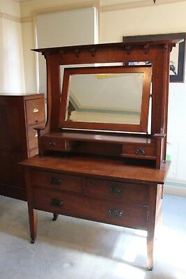 Oak Antique Dressing Table