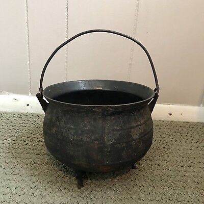 "Antique 19th Century Cast Iron Gypsy Kettle Pot With 2 Feet 6"" By 8"""