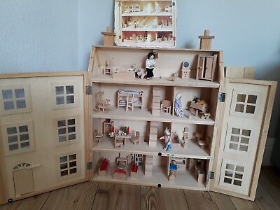 Lovely 4 Storey Georgian Wooden Dolls House including Furniture & PeopleVGC