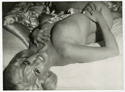Hollywood Blonde Bombshell Jayne Mansfield Provocative Vintage Nude Photograph