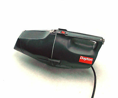 USED DAYTON 4Z906A DRY VACUUM 120V 60Hz 6.8A PORTABLE HAND VACUUM CORDED
