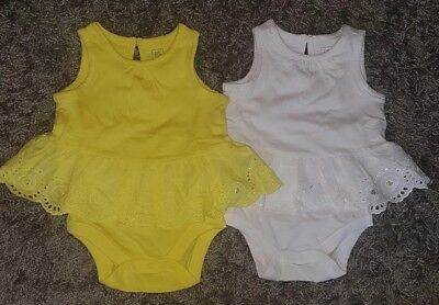 Baby Girl Baby Gap 3-6 Months 2 Tops