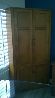 Antique Pennsylvania Dutch corner cupboard