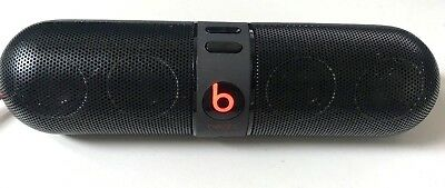 New Lot Of 8 Beats By Dre Beats Pill - Store Display (Read Description)