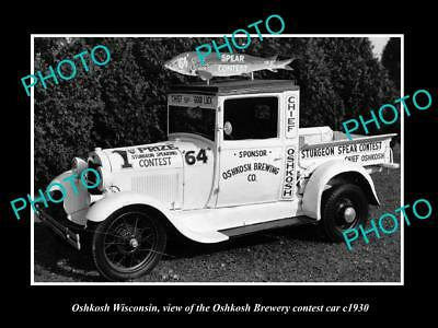 OLD LARGE HISTORIC PHOTO OF OSHKOSH WISCONSIN, BREWERY FISHING CONTEST CAR c1930