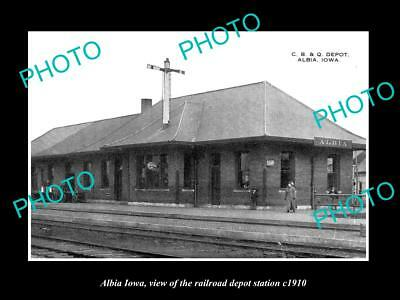 OLD LARGE HISTORIC PHOTO OF ALBIA IOWA, THE RAILROAD DEPOT STATION c1910