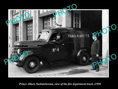 OLD LARGE HISTORIC PHOTO OF PRINCE ALBERT SASKATCHEWAN, THE FIRE TRUCK c1950