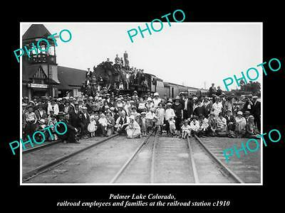 OLD LARGE HISTORIC PHOTO OF PALMER LAKE COLORADO, THE RAILROAD EMPLOYEES c1910