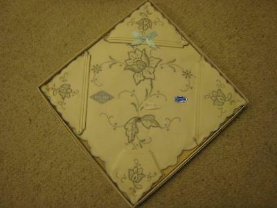 Vintage Hand Embroided Tea Set Including 4 Serviettes In Original Box Never Used