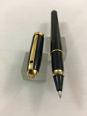S.T.Dupont Fiedelo Black laque Gold trim Rollerball 5DLDV67 France USED