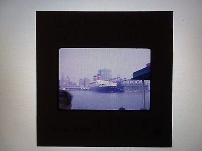 35mm SLIDE SS UNITED STATES PIER 86 NEW YORK  WITH CROWD JULY 1964