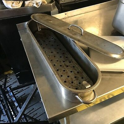 fish kettle,silver stainless steel. Very good condition