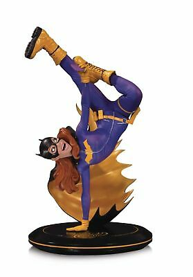 New DC Cover Girls Bat Girl Joelle Jones Statue
