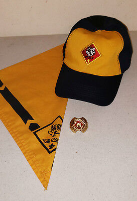 Set of WOLF Cub Boy Scout Items - Hat, Neckerchief, & Slide (PreOwned)