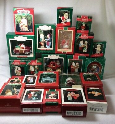Lot of 23 Hallmark Ornaments Mr & Mrs Claus Lighted Ornaments See List I141