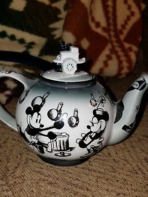 Disney Memories Mickey Mouse Steamboat Willie teacup