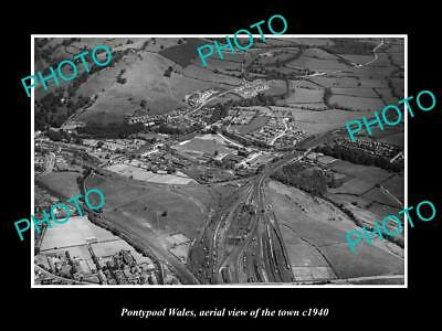 OLD LARGE HISTORIC PHOTO OF PONTYPOOL WALES, AERIEL VIEW OF THE TOWN c1940 1