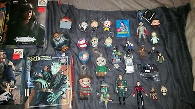 HUGE HORROR and SCIENCE FICTION LOT OF 111 PIECES Toys, Puzzles, Figures & More