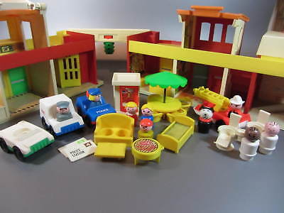 Vintage FISHER PRICE TOYS Play Family Village 997 Fire Mail Police Town