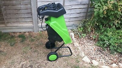 *** MAIDENHEAD - 240V ELECTRIC GARDEN CHIPPER SHREDDER. 40mm MAX BRANCH CUTTING.