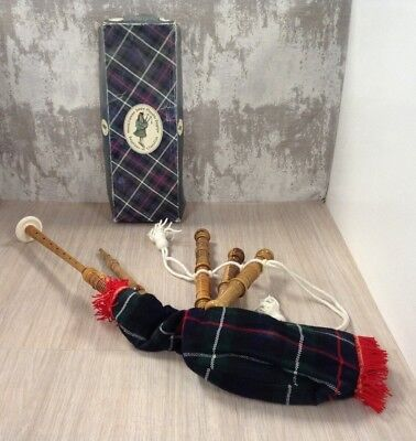McDeura Bagpipes of Clanullah - Junior playable bagpipes: Boxed, Untested