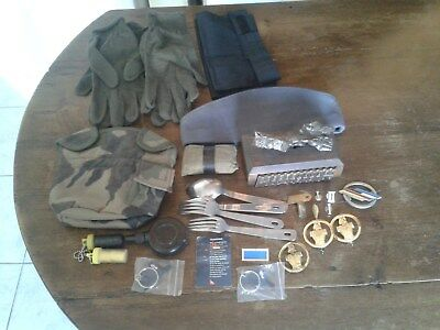 Lot D'objets Militaire Divers .. 3 Scans ..