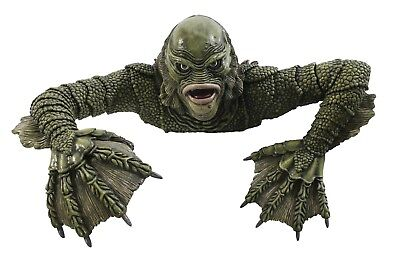 Creature From The Black Lagoon - Grave Crawler
