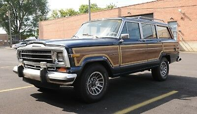1990 Jeep Wagoneer  1990 Jeep Grand Wagoneer 4dr Station Wagon 4x4 8-cyl., Fine Condition!