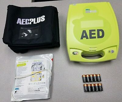 Zoll A.e.d. Plus W/ 3 Yr Warranty,carrying, New Pads And Batteries