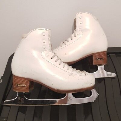 Ladies ice skates size 5 with coronation ace Ice Skating Blades