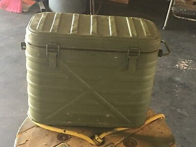 Vintage 1979 U.S. Military Army Food Cooler Container + 2 Metal Food Canisters
