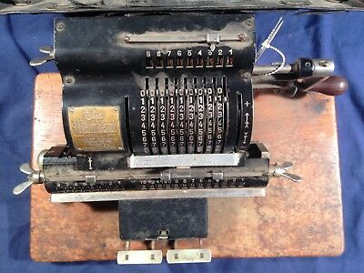 """Antique """"The Marchant"""" hand-operated pinwheel calculator from circa 1920"""