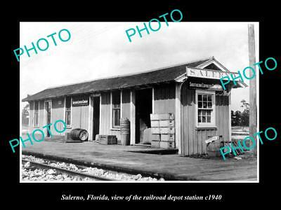 OLD LARGE HISTORIC PHOTO OF SALERNO FLORIDA, THE RAILROAD DEPOT STATION c1940