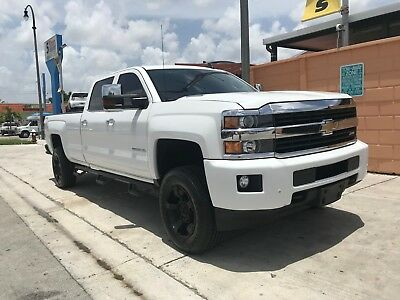 2015 Chevrolet Silverado 3500 LTZ CREW CAB WITH LONG BED READY TO WORK OR PLAY DURAMAX 6.6L DIESEL WITH ALLISON TRANSMISSION /  NO DLR FEES ALL INCLUSIVE