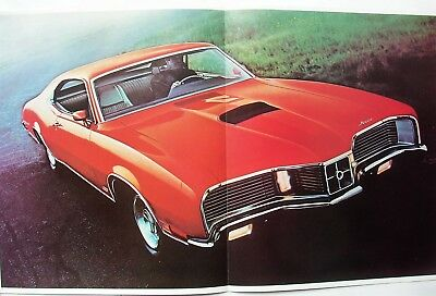 "1970 Mercury ""Cyclone"" & ""Cougar"" Showroom Brochure FoMoCo-OEM"