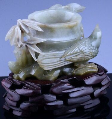 VERY FINE CHINESE CARVED CELADON JADE BIRD FIGURE SCENIC BAMBOO VASE w STAND