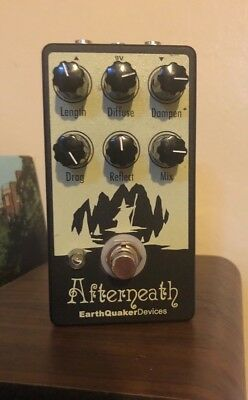Earthquaker Devices Afterneath Otherworldly Ambient Reverb Guitar Pedal