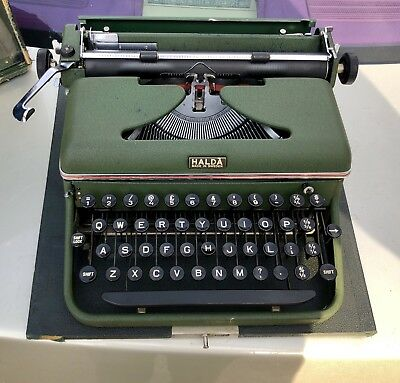 1956 HALDA Model P Typewriter QWERTY Good condition