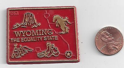 """Wyoming  """"the Equality  State""""   Wy   Outline Map Magnet   , New"""