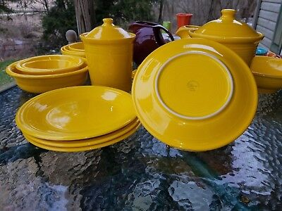 "4 DINNER PLATES set lot daffodil yellow HOMER LAUGHLIN FIESTA WARE 10.5"" NEW"