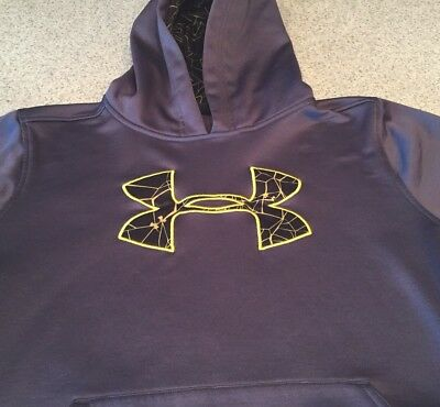 Under Armour Boys Hoodie Size Large